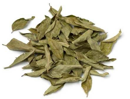heap-of-dried-curry-leaves