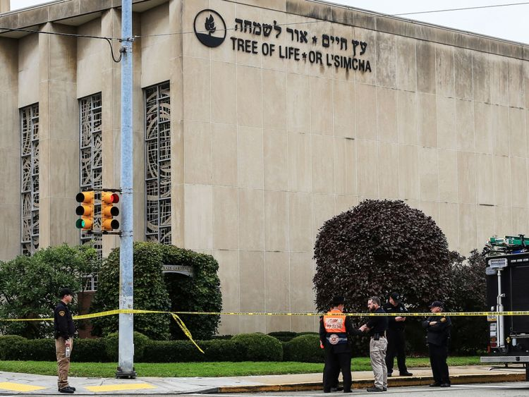 Police outside Tree of Life synagogue