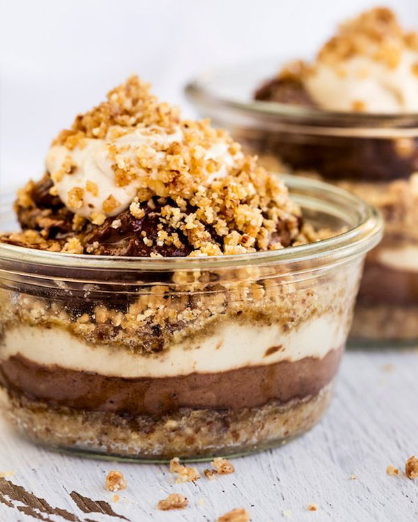 tiramisu with hemp seeds